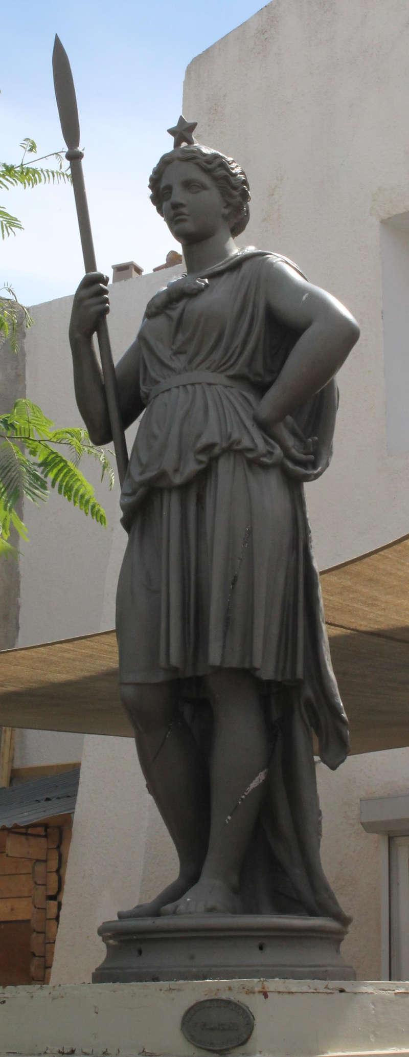 Galerie photo - Marcorignan statue Mariane